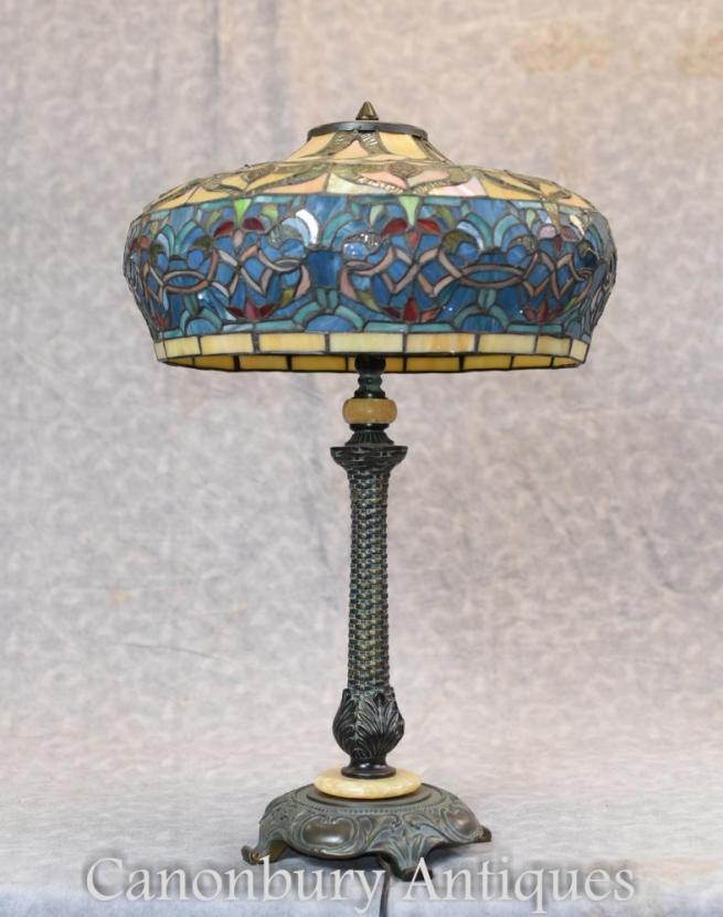 Art Nouveau Tiffany Shade Table Lamp Light