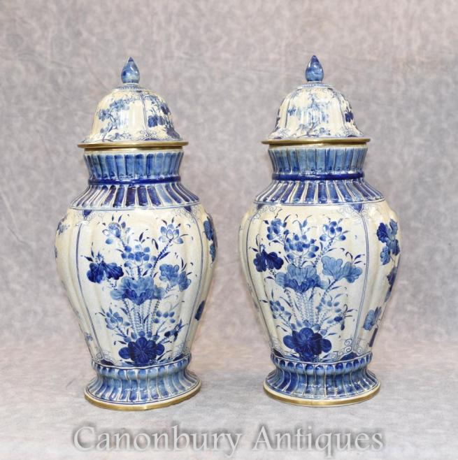 Pair Nanking Blue and White Porcelain Chinese Urns Ginger Jars Vases