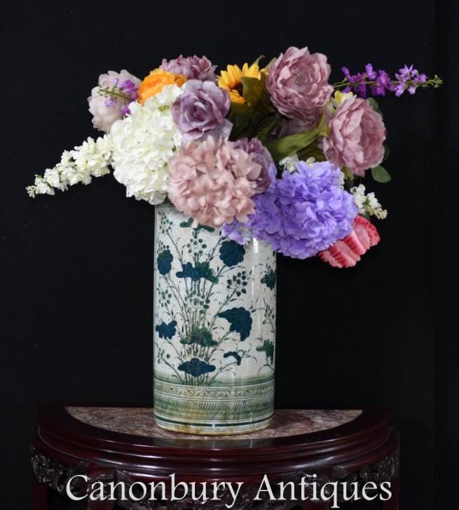 Chinese Porcelain Urn Umbrella Stand - Famille Vert Vase