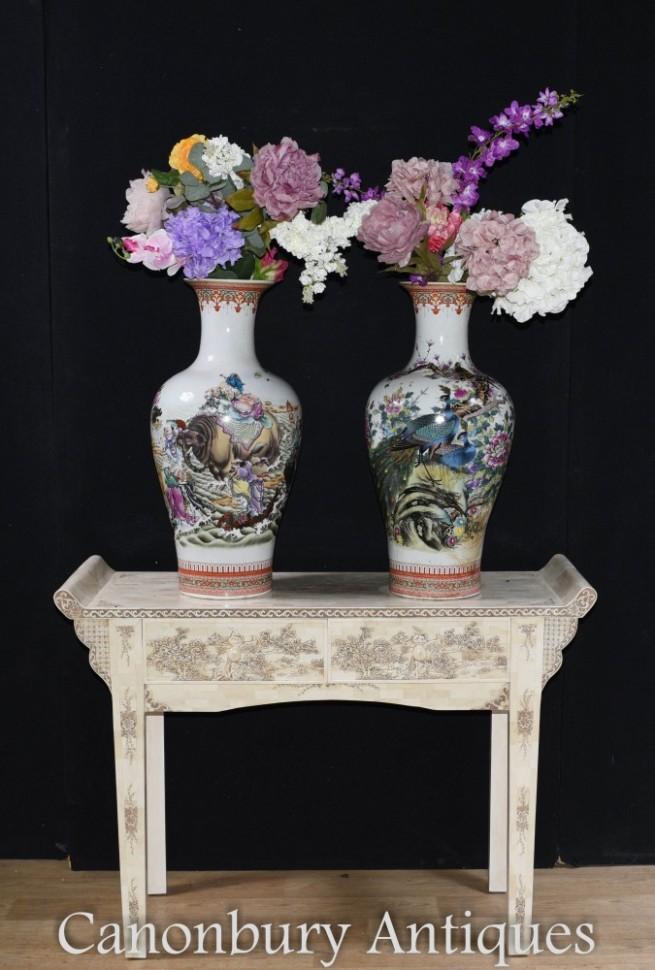 Pair Chinese Porcleain Vases - Qianlong Urns